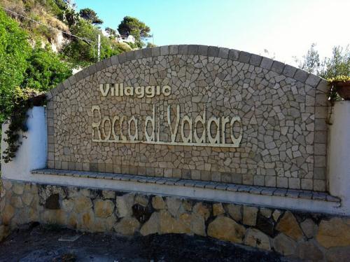 VILLAGGIO ROCCA DI VADARO
